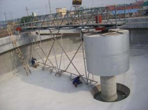 半桥周边泵吸式刮泥机